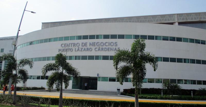 Edificio del Puerto de Administración de Lázaro Cárdenas SA