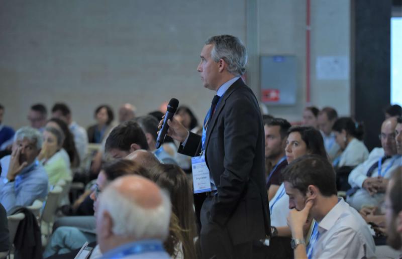 Congresistas participaron activamente en la ronda de preguntas durante el IV Congreso Edificios Inteligentes