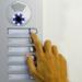 FEGiCAT informa de los beneficios de la sustitución de los porteros analógicos por controles de acceso inteligentes