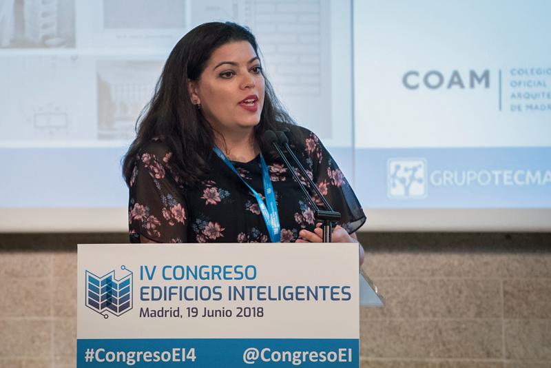 Teresa Cuerdo, de CSIC, cerró el primer bloque de ponencias del IV Congreso Edificios Inteligentes.