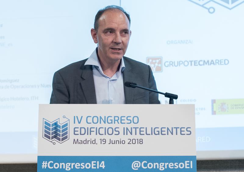 Carlos Domínguez, de ITH modera mesa redonda