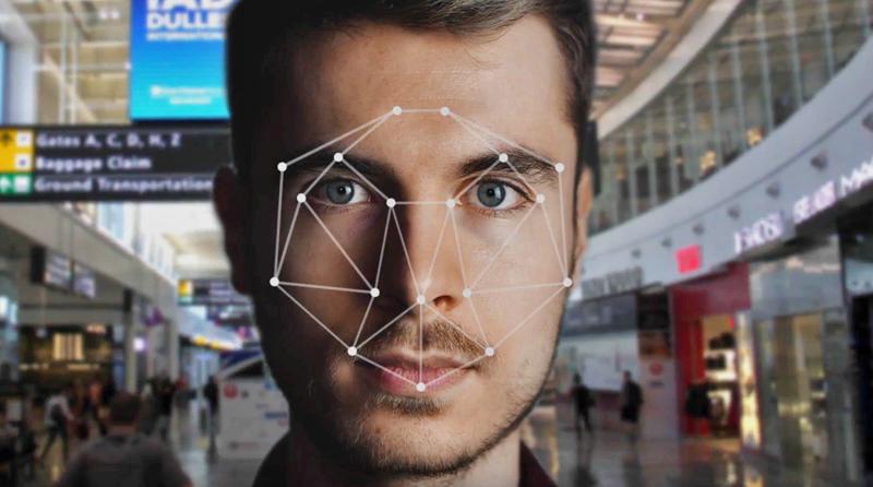 El Aeropuerto de Washington sustituye las tarjetas de embarque por el reconocimiento facial con veriScan.