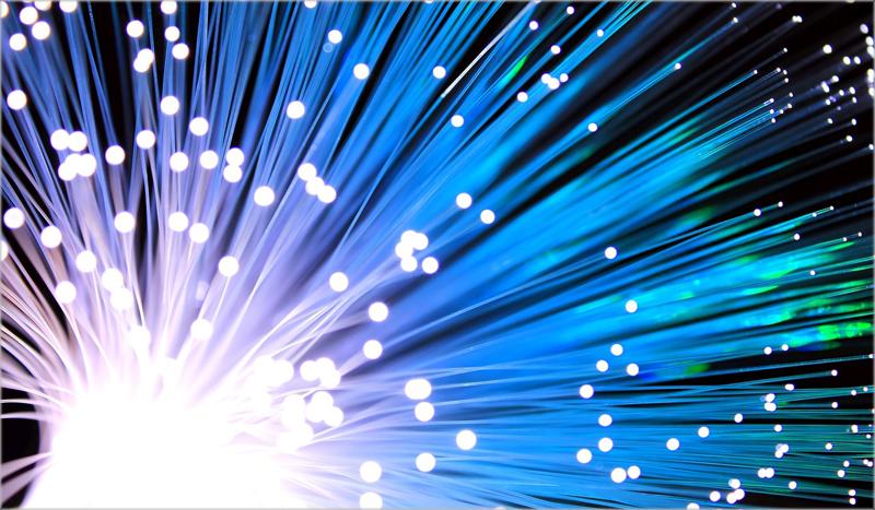 La NASA investiga mejorar la fibra óptica con ZBLAN en un espacio de microgravedad.