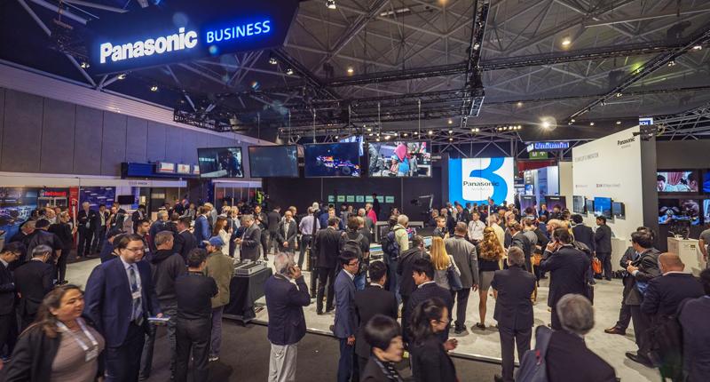 Espacio de Panasonic en la feria IBC 2018, donde presentó diferentes novedades en cámaras para la producción y la seguridad.