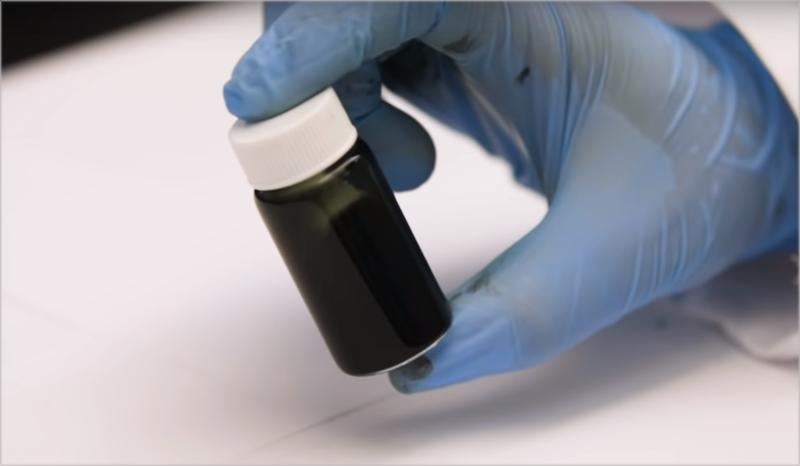 La composición del MXene permite diluir la sustancia en agua.