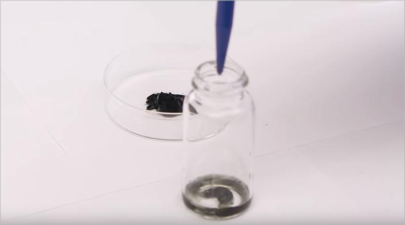 El material metálico bidimensional MXene posee unas cualidades de conductividad y de estado muy favorables para la investigación.