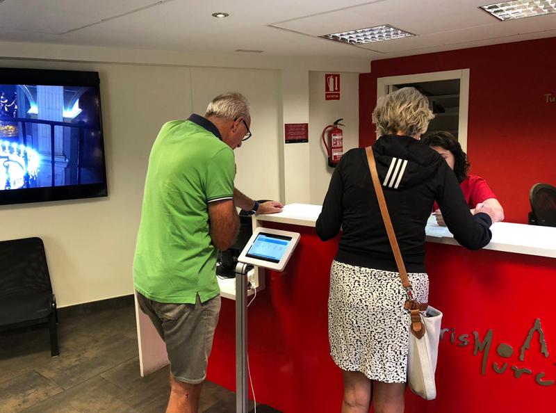La Región de Murcia desarrolla una aplicación móvil para gestionar reservas y obtener información turística de Murcia.