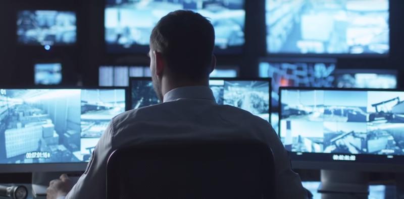 Shell y Microsoft desarrollan un proyecto piloto con la tecnología de AI para mejorar la seguridad de las gasolineras.