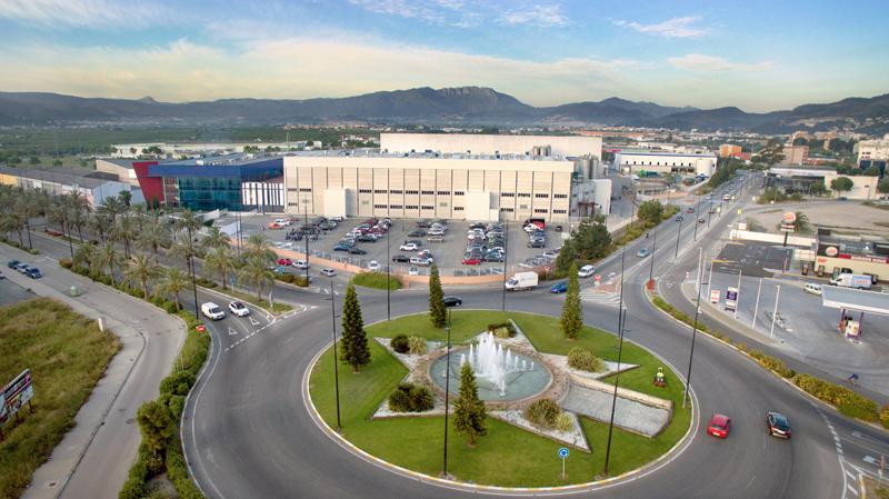 El Grupo Dulcesol renueva su sistema de megafonía en las instalaciones existentes e incorpora un sistema nuevo en las instalaciones recién estrenadas.
