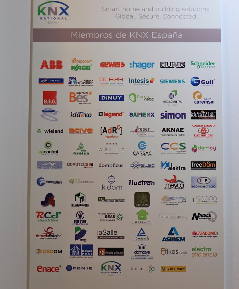 La zona KNX acogió a sus asociados y dió a conocer a los ganadores del III Premio de Eficiencia Energética.