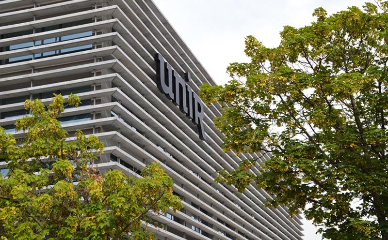 UNIR mejora sus servicios de comunicación entre alumnos y profesores con la ayuda de Panasonic y Daycom.