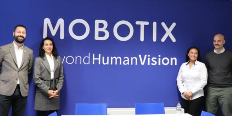 Mobotix afianza el Cactus Concept basado en la seguridad en la reunión anual de socios