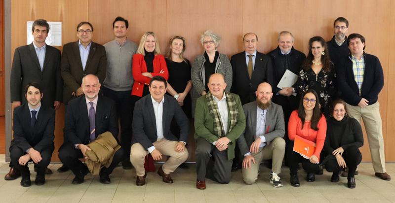 Foto de familia del Comité Técnico del V Congreso Edificios Inteligentes, reunido el pasado 18 de diciembre en la sede del COAM.