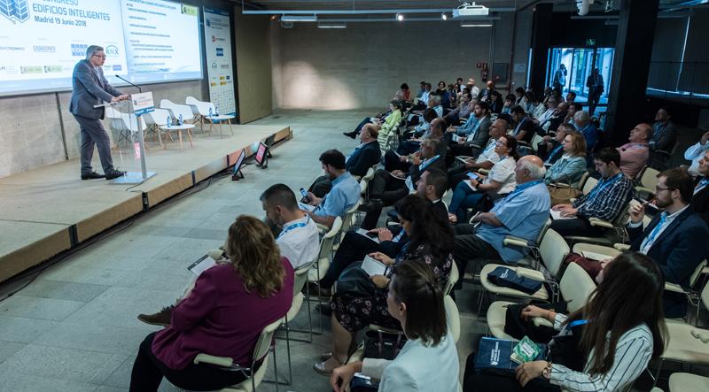 La temática que acaparó el IV Congreso Edificios Inteligentes fue la integración del nodo de IoT.
