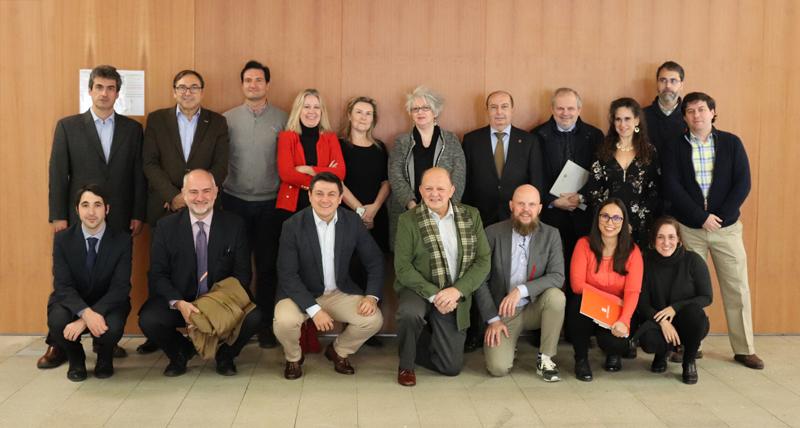 Miembros del Primer Comité Técnico del V Congreso Edificios Inteligentes.