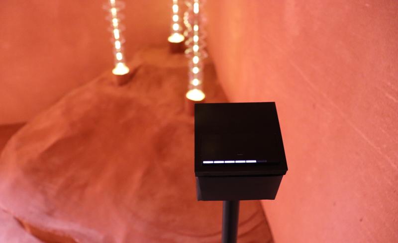 El mecanismo Simon 100, junto con la aplicación Simon 100, permite controlar la intensidad de la luz.