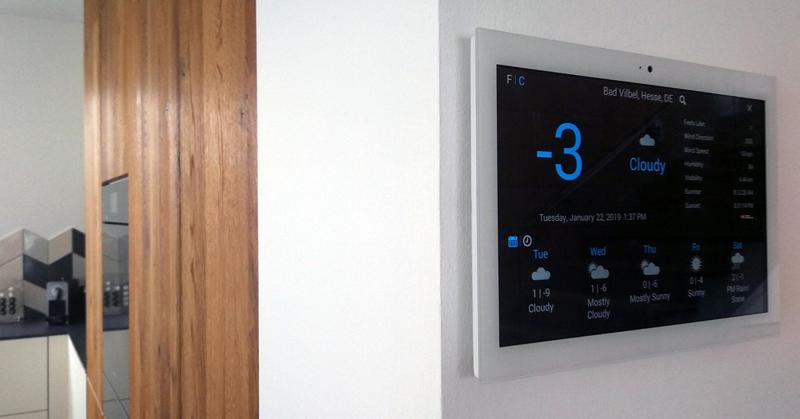 Control4 KNX permite la integración de pantallas táctiles para mejorar la experiencia de los usuarios en sus hogares inteligentes, sin necesidad de incorporar puertas de enlace de terceros.