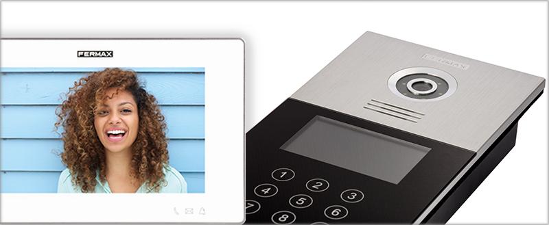 Fermax amplía su gama de productos MEET enfocados a la comunicación por IP, como son sus videoporteros o pantallas táctiles.