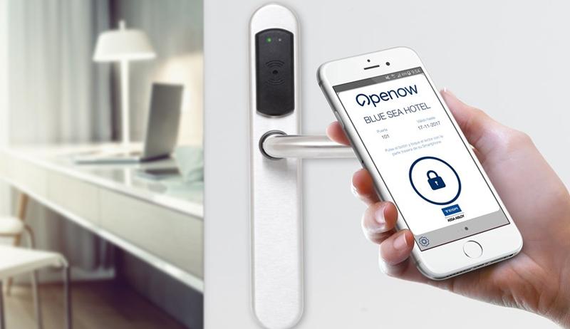Tesa Assa Abloy presenta en el HIP su nueva aplicación Openow para mejorar la gestión de llaves en los hoteles.