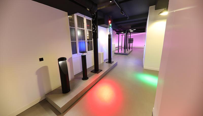 En el centro de París, Zumtobel abre su nuevo Light Center, donde expone su catálogo de productos de una manera natural.
