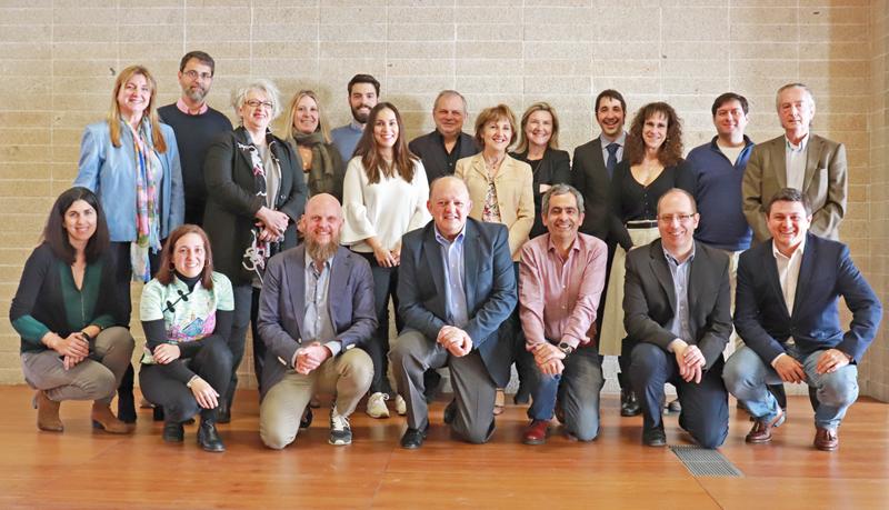 Foto de familia de la segunda reunión del Comité Técnico del V Congreso Edificios Inteligentes.