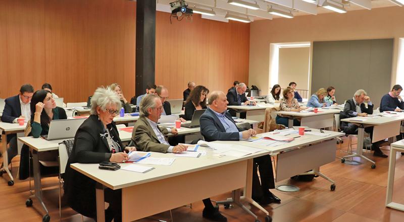 Miembros asistentes a la segunda reunión del Comité Técnico del V Congreso Edificios Inteligentes.