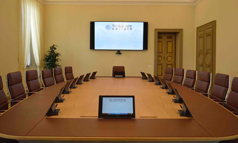 El palacio Francesco Melzi d'Eril, en Italia, ha instalado un nuevo sistema de megafonía y vídeo para sus dos salas de conferencias.