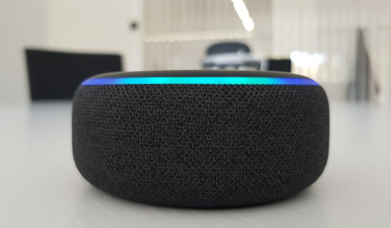 Indoin Sistemas ha optado por integrar el asistente virtual Alexa de Amazon para mejorar la interactividad de lo usuarios con el sistema.