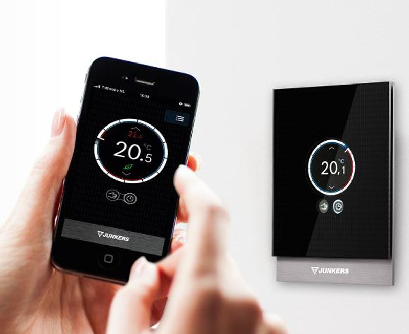 Con el termostato inteligente Easy CT 100 de Junkers, los hogares intelignetes pueden obtener una mejora en la eficiencia energética de sus calderas.