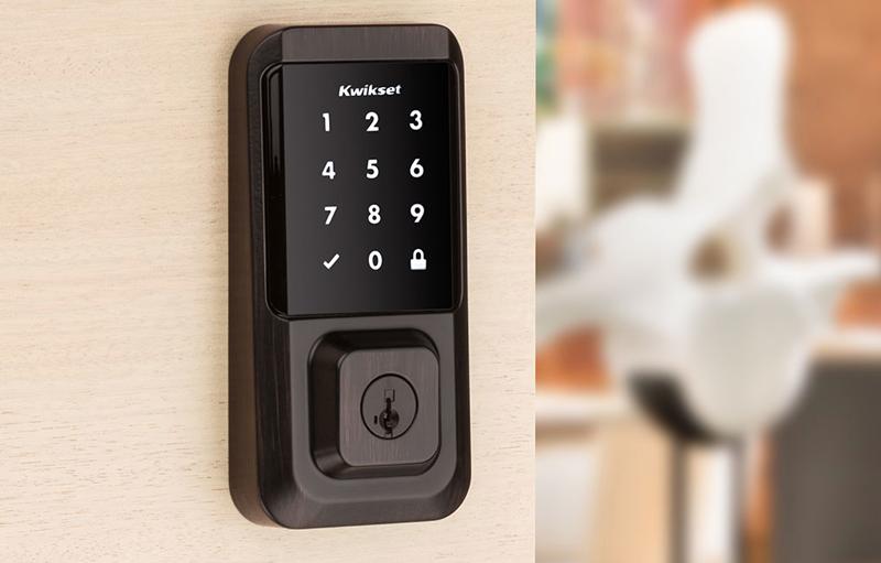 La compañía ha incorporado en la versión de pantalla táctil como en la versión de teclado una protección para impedir los actos delictivos.
