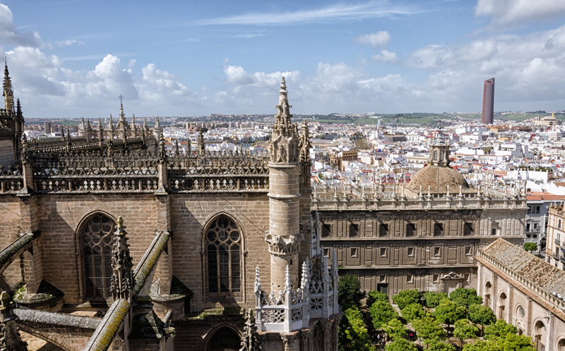 """El proyecto Horizonte Sevilla Inteligente ha sido seleccionado en la convocatoria """"Pilotos de Edificios Inteligentes"""" de Red.es, del Ministerio de Economía y Empresa para su cofinanciación al 80% con Fondos Feder."""
