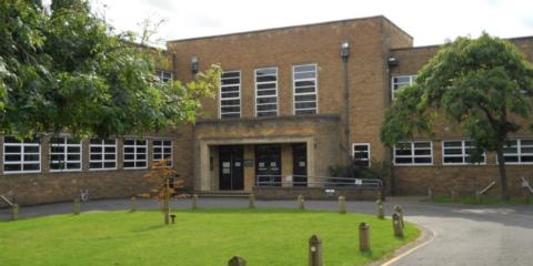 El centro Arthur Mellows Village College de Reino Unido renueva sus edificios con sistemas de automatización