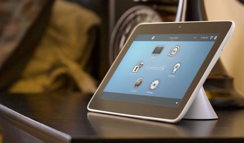 Una tablet con el Smart Home 3.
