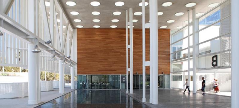 Figura 2. Vestíbulo del Edificio B – Hospital del Mar.