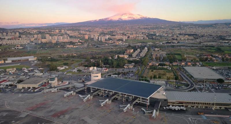 Imagen áerea del aeropuerto de Catania, en Sicilia.