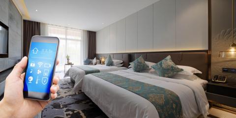 La UNE publica dos normas enfocadas en los hoteles digitales y los destinos turísticos inteligentes
