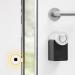 Presentan una cerradura inteligente compatible con los asistentes virtuales y con control remoto