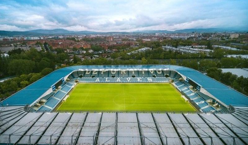 Estadio de fútbol del Deportivo Alavés.