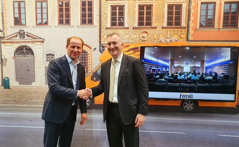 Acto de presentación del nuevo proyecto de Ferroli y Vodafone Business sobre el Internet de las cosas