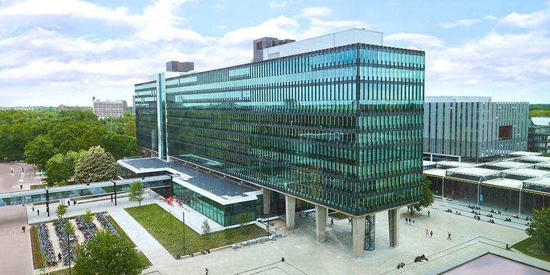 Edificio Atlas de la Universidad Tecnológica de Eindhoven.