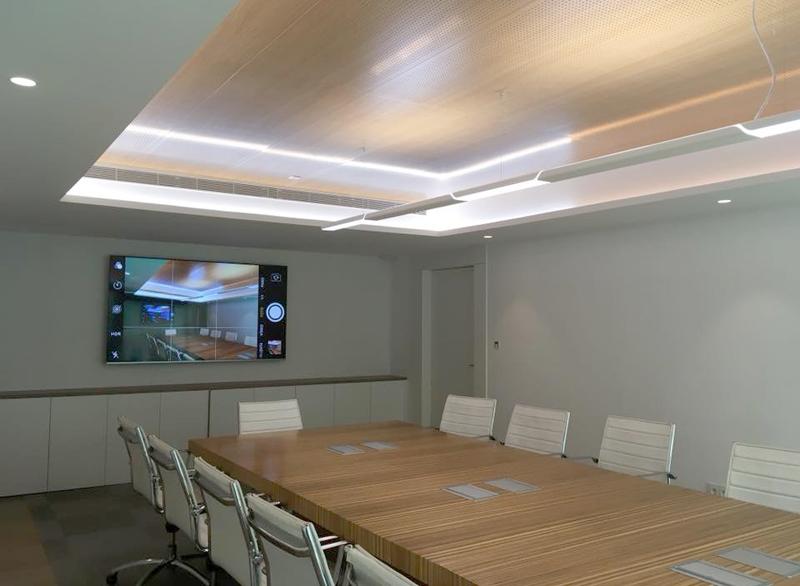 Interior de una de las salas de reuniones.