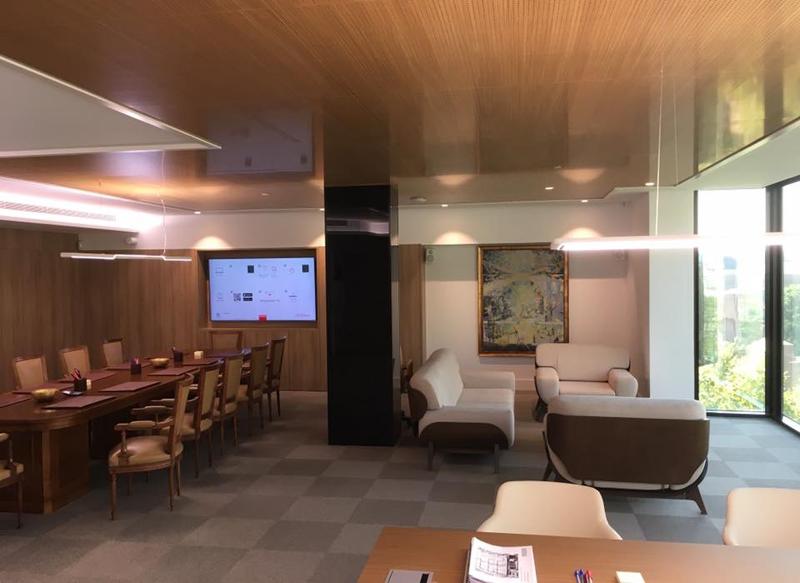 Interior de las oficinas de la calle Serrano, 38.
