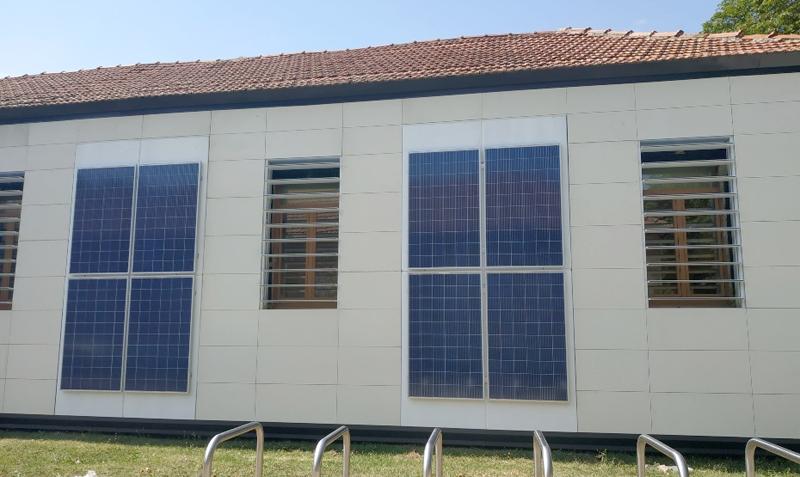 Persianas inteligentes de Eurecast en el edificio piloto de la Universidad de Burgos.
