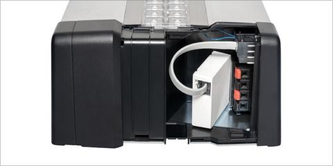 La conexión bus ayuda a automatizar las puertas de smart homes y garajes aportando el control remoto