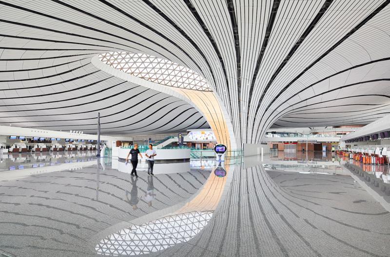 Interior aeropuerto.