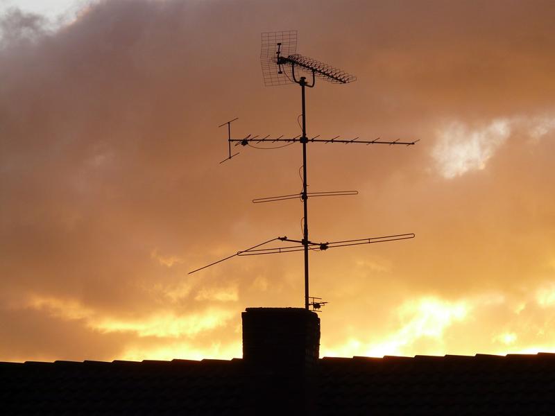 Antena televisión.