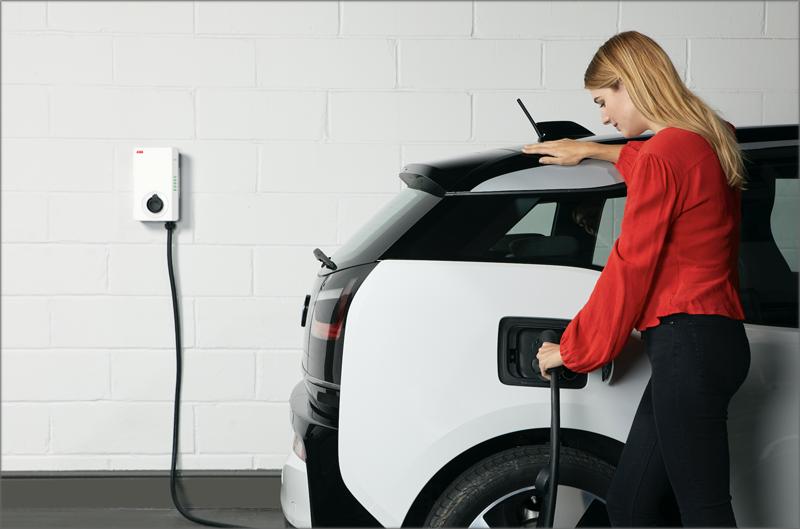 Cargador de vehículo eléctrico Terra AC de ABB.