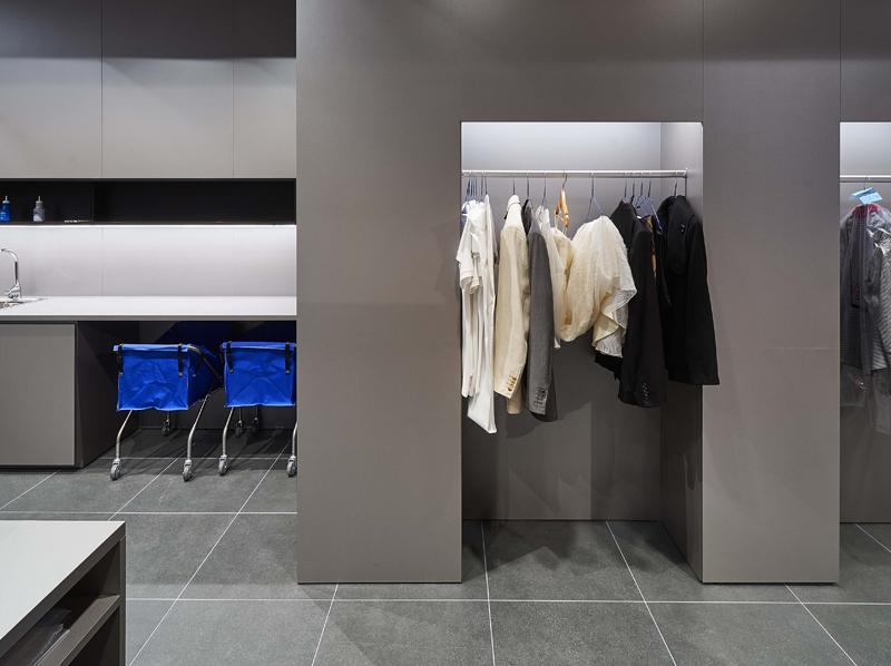 Interior lavandería.