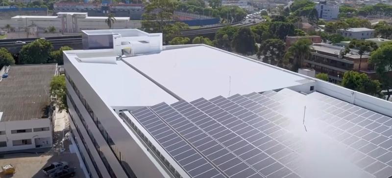 Paneles fotovoltaicos sede.