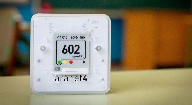 Sensor CO2 y temperatura.